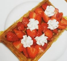 where to find the best waffles in Brussels